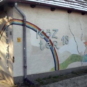 Rainbow Wall01